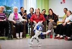 Robotit tulevat lähivuosina - ihminen keskittyy tulevaisuudessa enemmän luovuuteen, sanoo tietokirjailija