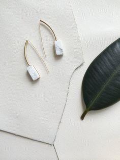ACHILLE earrings - white marble howlite