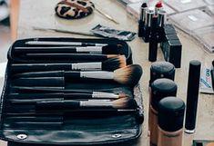 Muitas vezes a Maquiagem pode se tornar um grande problema para algumas de nós. No dia-a-dia, tudo bem, você consegue até se virar bem, mas … quando aparece uma festa, casamento ou qualquer …