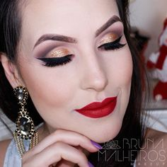 Maquiagem para o Natal: olhos dourados e boca vermelha