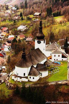 Špania dolina. Slovenia, British Overseas Territories, Bohinj, Visit Prague, Heart Of Europe, Beautiful Places In The World, Central Europe, Bratislava, Czech Republic