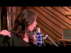 ▶ Linda Eder - What's Never Been Done Before - YouTube