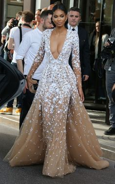 Chanel Iman in a Zuhair Murad Couture ballgown 2015 Mode Chanel, Chanel Iman, Trend Fashion, Look Fashion, Fashion Women, Fashion Beauty, Fashion Design, Evening Dresses, Prom Dresses
