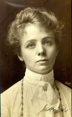 Edwardian Theatre: Portrait of Miss Maude Adams - September 1901 Vintage Pictures, Old Pictures, Vintage Images, Vintage Art, Vintage Ladies, Salt Lake City Utah, Maude Adams, Beauty Is Fleeting, Victorian Women