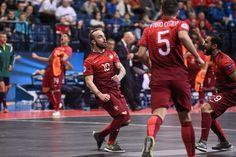 De placa! Português Ricardinho faz gol antológico em partida da Uefa Euro #globoesporte