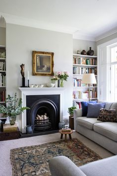 1930s Living Room, Victorian Living Room, Shabby Chic Living Room, New Living Room, Living Room With Fireplace, Home And Living, Living Room Decor, Front Room Decor, Living Room Sectional