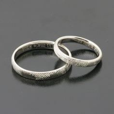 Obrączki z odciskiem palca Białe złoto www.inneobraczki.pl  #obraczki #slub #zloto #love