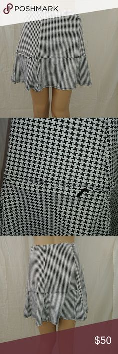 Smashing Houndstooth golf & tennis skort New without tags Smashbox Skirts Circle & Skater