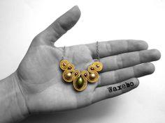 """New """"Les p'tits colliers """". Collier soutache rouge Waxebo """"gold"""" : Collier par waxebo"""
