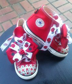 i absolutely love these - DIY lady bug lace and bows to a pair of red shoes