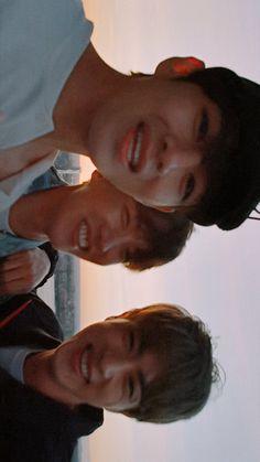Jimin, Bts Taehyung, Bts Bangtan Boy, Korean Expressions, Bts Bon Voyage, Bts Chibi, Korean Bands, Bts Lockscreen, About Bts