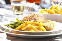 Daphnes schlanker Gyros - Schichtsalat, ein raffiniertes Rezept aus der Kategorie Fleisch & Wurst. Bewertungen: 94. Durchschnitt: Ø 4,4.