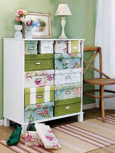covered boxes for storage - this might work in the bathroom in Cara's cupboard Maybe for sewing room, idea for Brooklyns room Diy Storage Boxes, Storage Hacks, Craft Storage, Ribbon Storage, Office Storage, Fabric Storage, Decorative Storage, Storage Containers, Storage Ideas