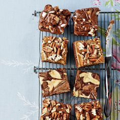 Fluffy marshmallows, chopped pecans and chocolate frosting—who knew mud could be so delicious? Try these brownies today.