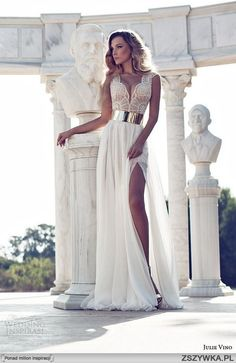 Ancient Rome... Love this white gown.