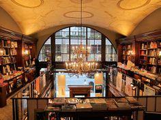 Librería Rizzoli, Nueva York. Fundada en 1964 por el productor de cine italiano Ángelo Rizzoli.