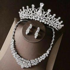 Bridal Jewelry Sets, Bridal Accessories, Wedding Jewelry, Bijoux Design, Princess Jewelry, Expensive Jewelry, Tiffany Jewelry, Engagement Jewelry, Wedding Engagement
