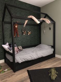 Jungle Theme Rooms, Safari Room, Jungle Room, Baby Bedroom, Baby Boy Rooms, Girls Bedroom, Bedroom Images, Bedroom Themes, Toddler Rooms