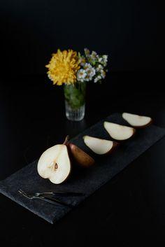 Pears-+-flowers_01s.jpg