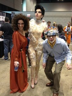 """Are you the Keymaster?"" Dana Barrett, Gozer the Gozerian and Louis Tully from Ghostbusters. THIS IS FANTASTIC"