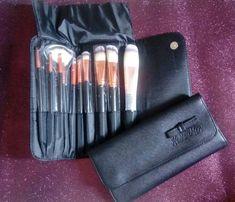 4e6d77424 Kit de pincéis de maquiagem - acompanha bomsa porta pincéis Kit De Pinceis, Porta  Pinceis