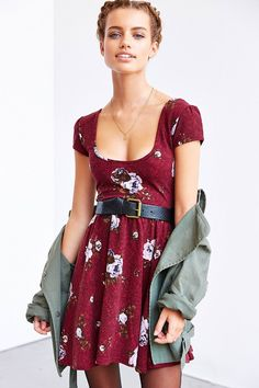 Kimchi Blue Autumn Cap-Sleeve Skater Dress