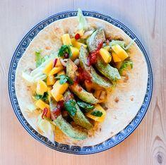 Vil du prøve noe nytt til taco? Hva med avocado som er dekket med crunchy krydder og stekt i ovnen? Garantert en overraskelse!