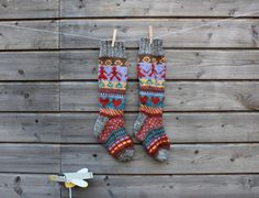 Hand knit wool women socks with fair isle pattern for women in size 37/38. Perfect for boots or wellies, or just for home.   Materials : wool, angora, cashmere, acrylic Yarn Weight: Chunky