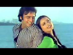 Aaj Kal Paun Zammen Par - Rekha, Lata Mangeshkar, Ghar Song Hindi Movie Song, Film Song, Movie Songs, Hindi Movies, Lata Mangeshkar, Vintage Bollywood, Dil Se, Singers, Music Videos