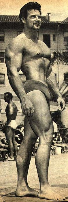 VINTAGE MR. MAGAZINE MEN OF DISTINCTION JANUARY 1962 LIQUOR LAWS MIMI HARRIS