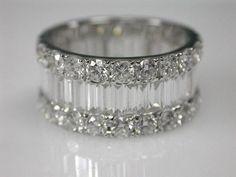 Idée et inspiration Bague Diamant :   Image   Description   Diamond Baguette Eternity Band