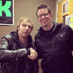 Just signed a peace treaty with WWE Superstar @TheDeanAmbrose. Smackdown tonight at TBA in Knoxville!