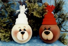 Sandy Holman bear lightbulbs.  Sorry for so many lightbulbs pins but there soooo cute!