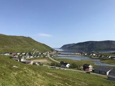 Ponoćno sunce na Nordkappu, najsjevernijoj točci Europe - Okusi.eu Kirkenes, Midnight Sun, Norway, Golf Courses, Dolores Park, Road Trip, Europe, Ocean, Travel