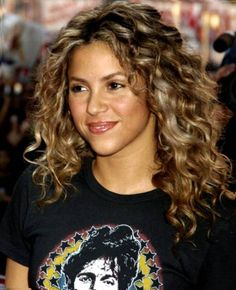 Medium Curly Hairstyles Extraordinary Mid Length Curly Hairstyles For Square Faces  2014 Medium