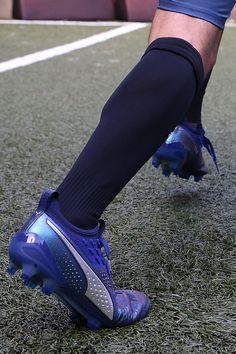 Nuevas botas de fútbol #puma one. A la venta a partir de mañana en futbolmania.com y en nuestra tienda de #barcelona.
