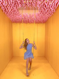 What to expect from the Museum of Ice Cream in San Francisco? Best photo spots and what to do. Ice Cream Museum, Photo Zone, Boutique Decor, Garden Wedding Decorations, Photo Booth Backdrop, Booth Design, Experiential, Installation Art, Photo Studio