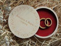 pudełko szkatułka na pierścionki obrączki ślubne