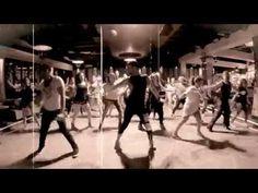 Coreografia Completa Zumba La Bicicleta Carlos Vives Ft. Shakira - YouTube