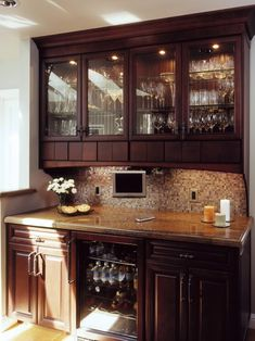 buffet - a little too traditional, but like the idea - not style Modern Built In Buffet Design, Pictures, Remodel, Decor and Ideas Home Design, Küchen Design, Design Ideas, Modern Design, Wet Bar Designs, Crockery Cabinet, Crockery Units, China Cabinet, Built In Buffet