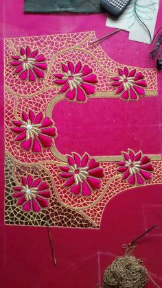 Cutwork Blouse Designs, Kids Blouse Designs, Hand Work Blouse Design, Wedding Saree Blouse Designs, Kurti Embroidery Design, Embroidery Neck Designs, Zardosi Embroidery, Embroidery Art, Chudidhar Neck Designs