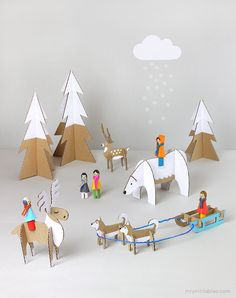 Free printables to create animals - Peg Dolls Winter Wonderland / diy cardboard toy templates / Mr Printables Cardboard Toys, Paper Toys, Cardboard Animals, Cardboard Playhouse, Cardboard Furniture, Cardboard Crafts Kids, Fun Crafts For Kids, Diy For Kids, Kids Fun