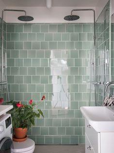 Dream Bathrooms, Beautiful Bathrooms, Bathroom Interior Design, Home Interior, Oh My Home, Scandinavian Apartment, Gravity Home, Home Spa, White Tiles
