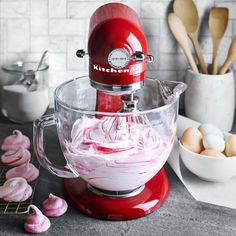 KitchenAid Queen of Hearts Artisan Stand Mixer - This anniversary, limited edition mixer features sleek chrome accents and miniature red hearts. Kitchen Aid Recipes, Kitchen Aid Mixer, Kitchen Tips, Kitchen Stuff, Kitchenaid Standmixer, Stand Mixer Recipes, Best Stand Mixer, Cooking Tips, Cooking Recipes
