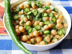 Cizrna marinovaná - salát Black Eyed Peas, Beans, Vegetables, Food, Essen, Vegetable Recipes, Meals, Yemek, Beans Recipes