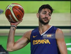 Spain's Ricky Rubio attends a basketball training session at the Olympic Park in Rio de Janeiro on August 4, 2016, ahead of the Rio 2016 Olympic Games. / AFP / MARK