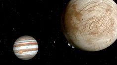 C'est une découverte qui pourrait bien faire avancer considérablement le travail de la Nasa sur Europe, l'une des lunes de Jupiter sur laquelle existe un immense océan souterrain. Y-a-t-il de la vie dans cette immensité qui contient deux fois plus d'eau que sur la Terre? C'est ce qu'il est