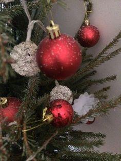 Une jolie photo pour Noël 🎄 prenez votre sapin ou autres objets de Noël 🎄 prenez en photo en faisant un gros plan