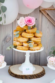 Don't miss this gorgeous rustic wedding cake table. We have tips and DIY wedding dessert table ideas to help you create a dessert display on a budget. Rustic Wedding Desserts, White Wedding Cakes, Wedding Cake Stands, Wedding Cake Toppers, Table Wedding, Bachelorette Desserts, Donut Tower, Cake Tower, Dragon Cakes