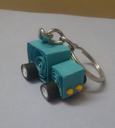 Quilled Car keychain ^_^
